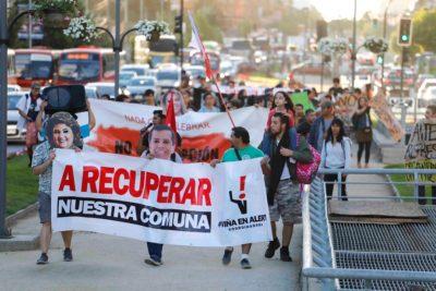 Vecinos protestaron por millonario gasto en Festival de Viña del Mar