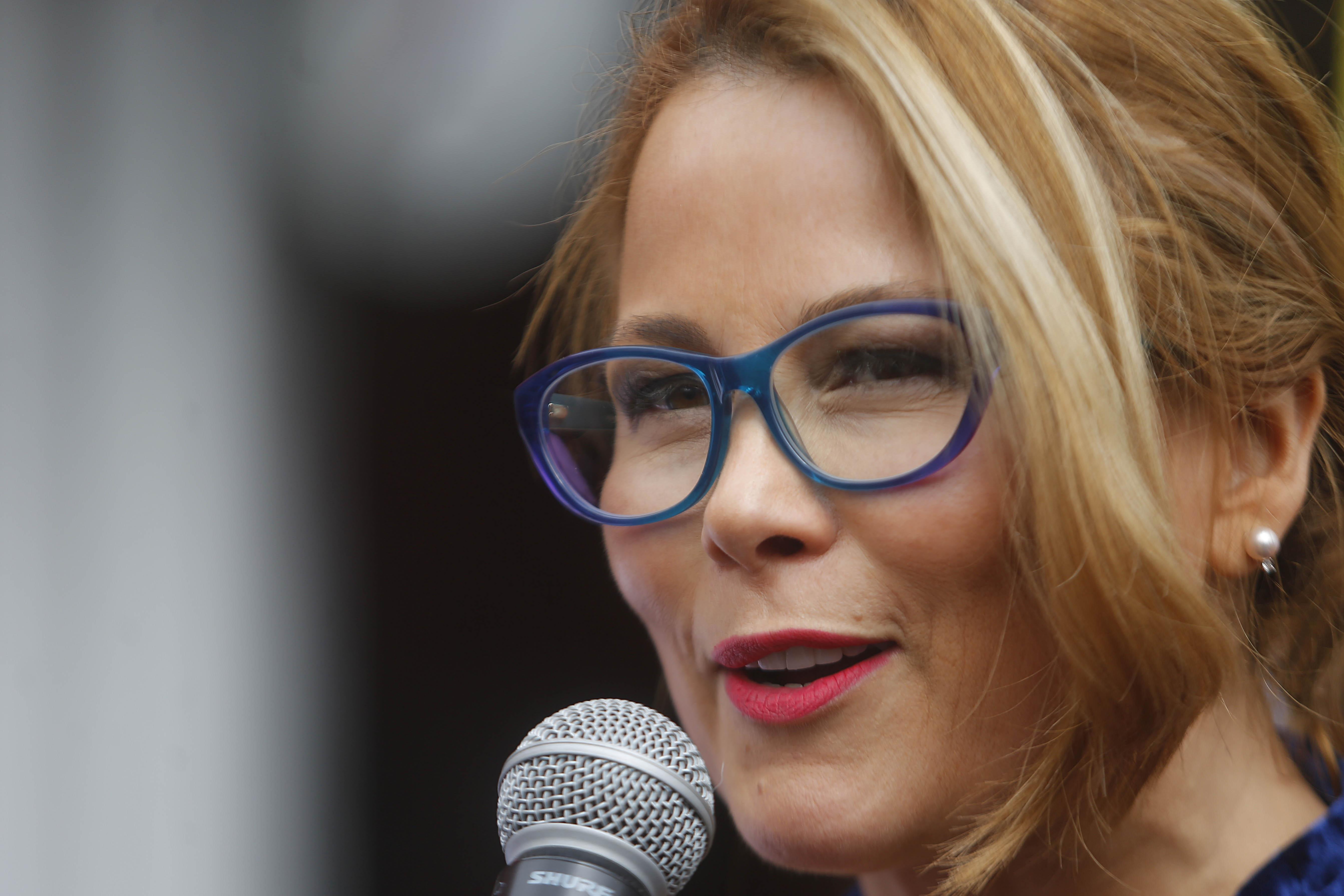 Cathy Barriga transformará Maipú en un Tinder gigante el 14 de febrero