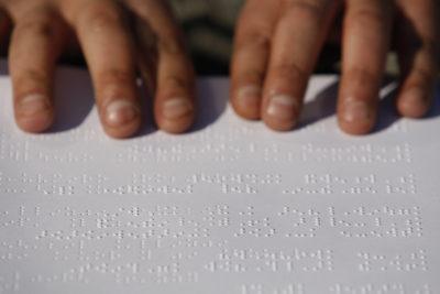 Suprema confirma recurso contra Mineduc y obliga a entregar textos escolares a estudiantes con discapacidad visual