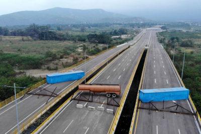 """Vicepresidenta de Venezuela asegura que ayuda humanitaria es """"arma biológica"""""""