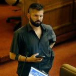 """""""Nuevo suicido en el Metro"""": el sentido mensaje del diputado Boric tras incidente en Línea 1"""