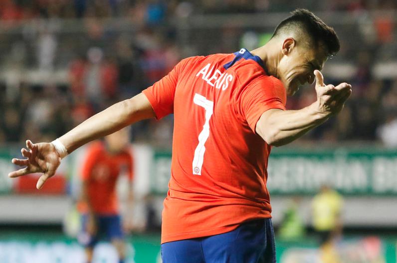 Alexis Sánchez fue titular en opaca victoria del United
