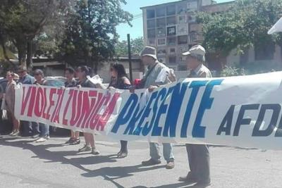 """FOTOS   Violeta Zúñiga: el funeral de la histórica activista de la AFDD que bailaba """"Cueca Sola"""""""