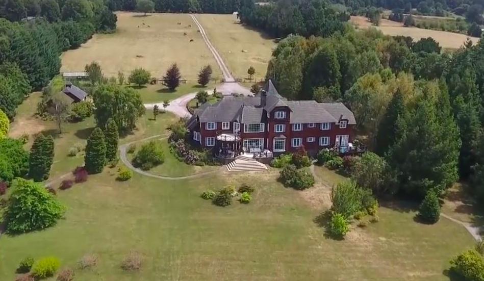 VIDEO |Toma aérea muestran la real distancia entre la casa de Matías Pérez Cruz y el lugar donde expulsó a las mujeres