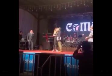 Acusan a alcalde UDI de Puerto Varas de intentar besar a la fuerza a Camila Gallardo