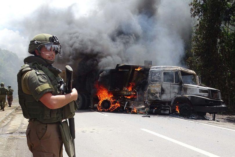 Excarabinero denuncia que superiores lo obligaron a culpar a mapuches por disparo que recibió de otro funcionario