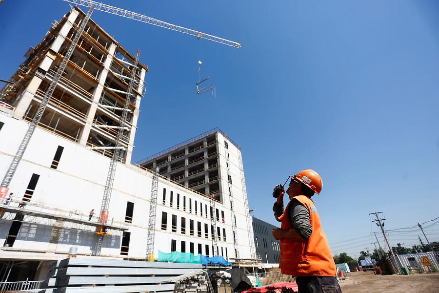 Servicio provisorio del nuevo Hospital Félix Bulnes partirá en junio de este año