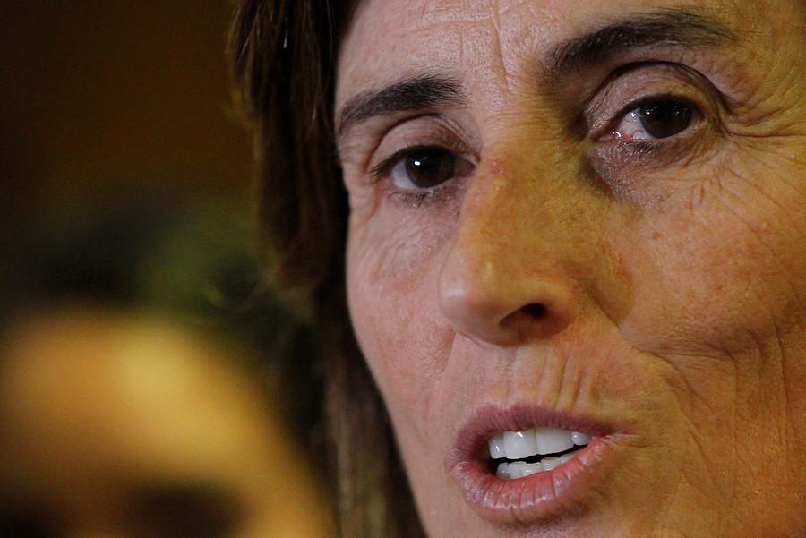 Ministra Cubillos prende el debate con respuesta a Daniel Matamala y gatilla festival de comentarios
