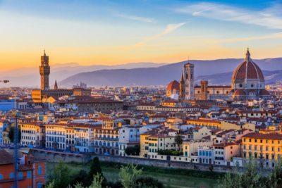 Diez pasajes gratis para chilenos a Florencia: embajada de Italia revive cotizada iniciativa