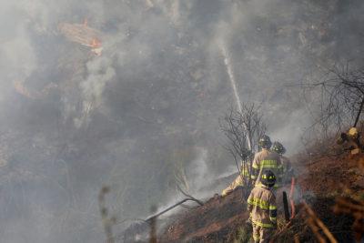 Gobierno afirma que hay 6 mil personas combatiendo los incendios forestales