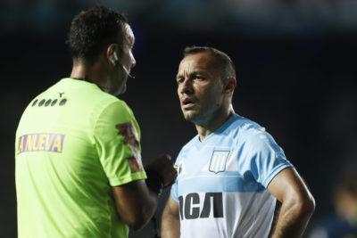 """Mourinho se rindió ante Marcelo Díaz: """"Juega con pantuflas, es fundamental en Racing"""""""