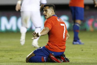 """Medios ingleses sobre Alexis: """"Solo deja pasar las chances al más alto nivel"""""""