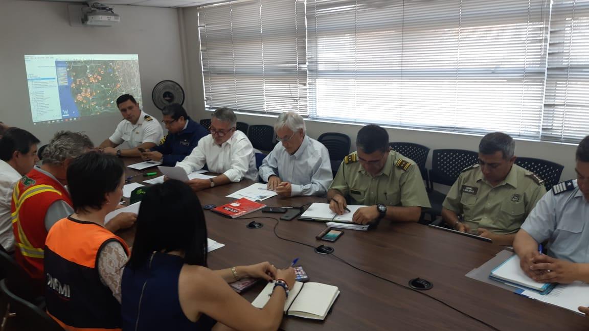 """""""Piñera anuncia aplicación de Ley de Seguridad Interior del Estado por incendios forestales en La Araucanía"""""""