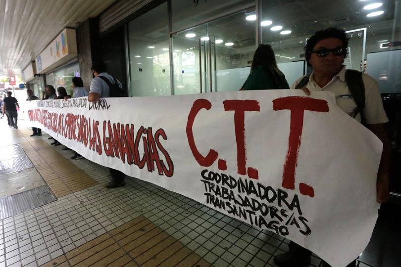 Trabajadores del Transantiago denuncian condiciones laborales indignas