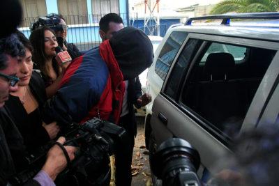 PDI detiene a sujeto que atacó la casa de su expareja lanzando ladrillos