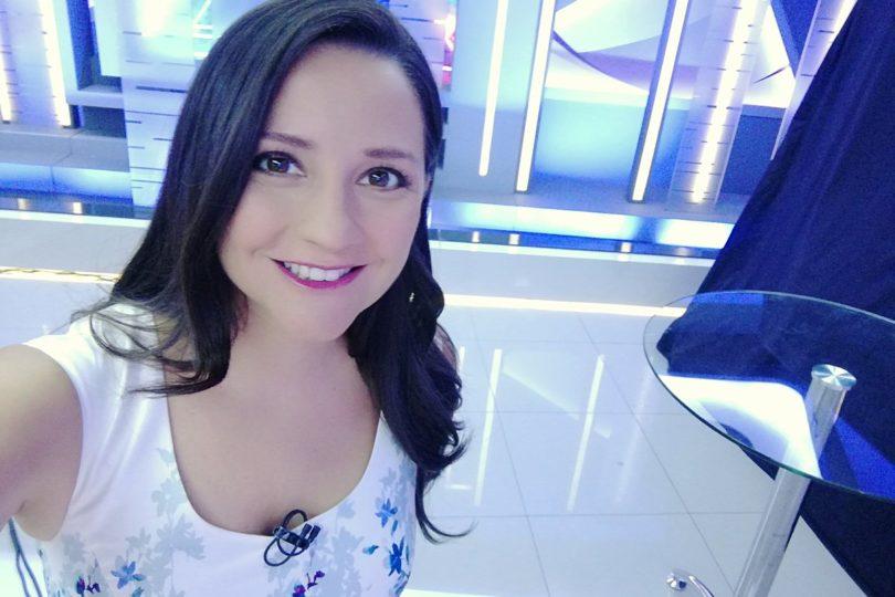 """No era propiedad privada: Andrea Aristegui festina con """"el señor abogado"""" Matías Pérez Cruz en comentado tuit"""