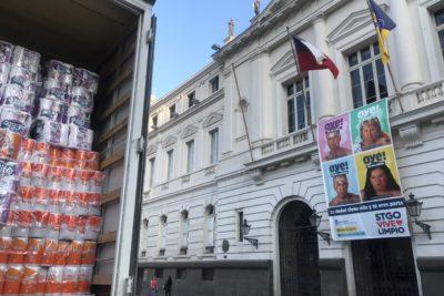 Municipalidad de Santiago y CMPC envían ayuda a damnificados de Camiña