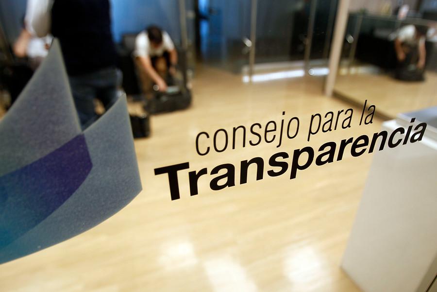 CPLT exige a empresas que hacerse responsables del resguardo de datos personales