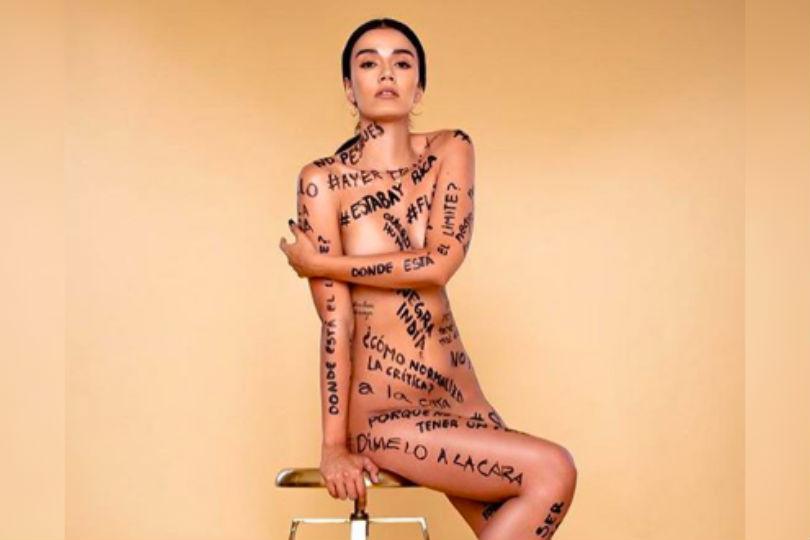 """Steffi Méndez protesta con mensajes en su cuerpo por violencia en redes: """"¿Me dirías 'flaite culiá' a la cara?"""""""