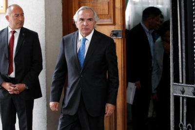 """Chadwick por visita de Bolsonaro: """"No se le invita por su opción política"""""""