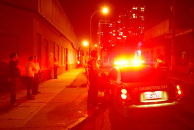 """Capturan a dos menores de 15 y 16 años por violentos """"portonazos"""" en Vitacura"""