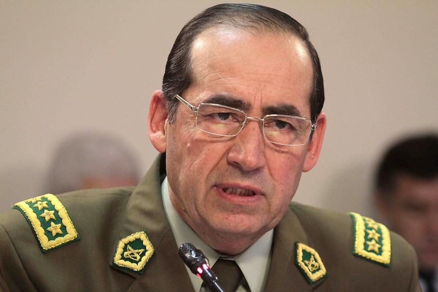 """""""Gastos reservados: ex general González Jure declara como imputado en arista de fraude en Carabineros"""""""