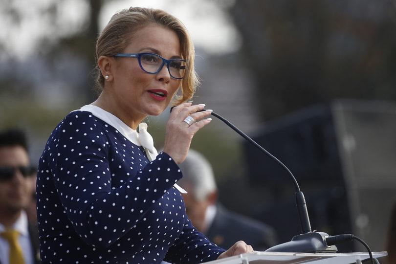 Cathy Barriga despide al Secretario General de Codeduc tras polémica por insalubridad en escuela municipal