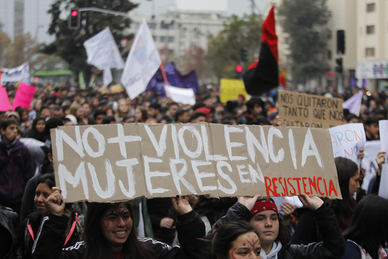 Intendencia Metropolitana autorizó la marcha del 8M por la Alameda