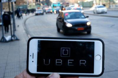 Comisión aprobó regular Uber y Cabify: choferes deberán tener licencia profesional