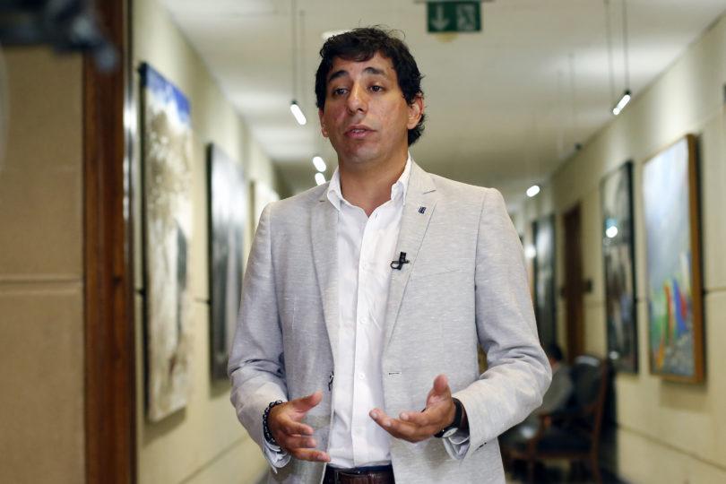 """""""Les sale la violencia machista…"""": diputado Brito responde a versiones que lo ponían como pareja de Maite Orsini"""