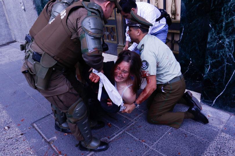 INDH cuestiona nuevos protocolos de Carabineros sobre uso de la fuerza y actuar en manifestaciones