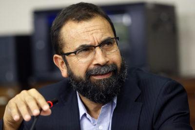 Hugo Gutiérrez sí aceptaría invitación a La Moneda para hablar con el Presidente… pero el Presidente encargado Adriano Castillo