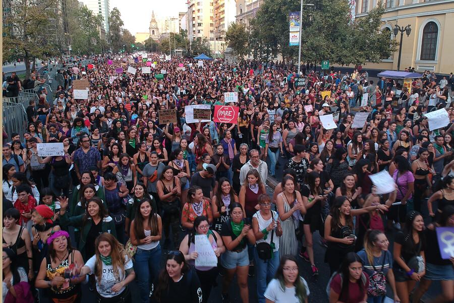 Sin incidentes: con más 190 mil personas culminó marcha por 8M