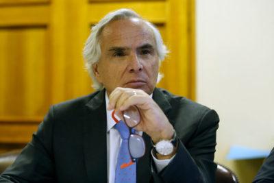 Chadwick cuestiona ausencia de mesa de la Cámara y el Senado en comida con Bolsonaro