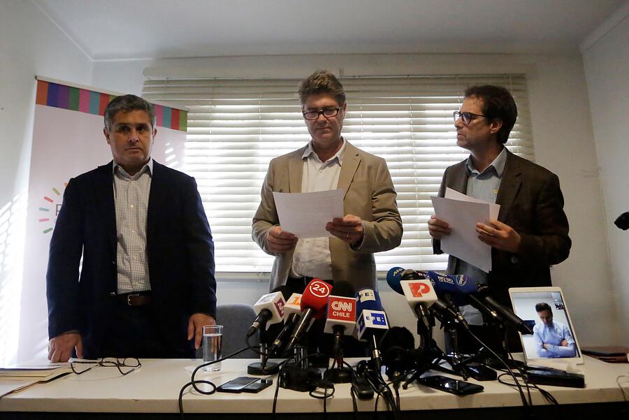 """Denunciantes de Karadima y fallo judicial: """"Esperamos que se transforme en un 'nunca más'"""""""