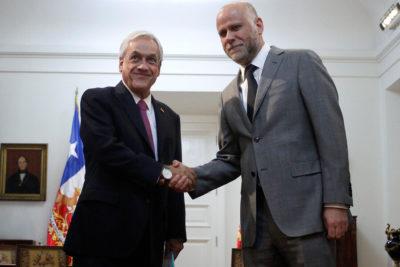 """Alvaro Elizalde pide a Piñera y al Gobierno """"no injuriar"""" a Michelle Bachelet"""