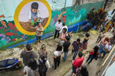 Fundación Mustakis abrió las postulaciones para beca que financia perfeccionamientos en el extranjero