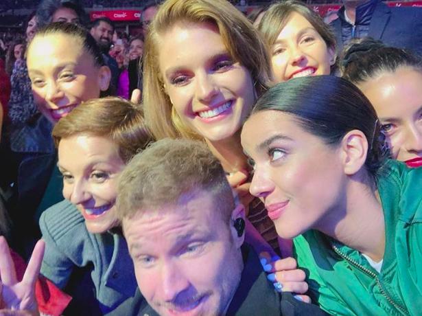 Actores, cantantes y rostros de TV hicieron fila para tomarse selfies con los Backstreet Boys