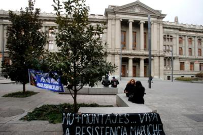 """Abren sumario contra fiscal por """"asesorías"""" a Carabineros en medio de """"Huracán"""""""