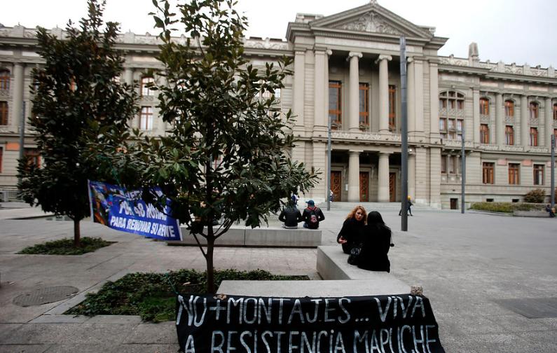 """""""Abren sumario contra fiscal por """"asesorías"""" a Carabineros en medio de"""