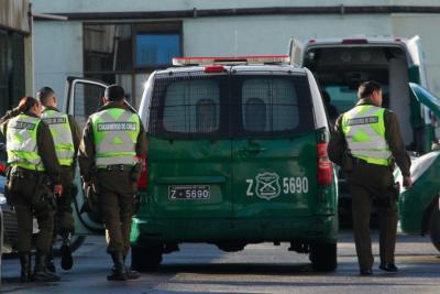 Tres carabineros fueron dados de baja por quedarse con especies recuperadas de un robo