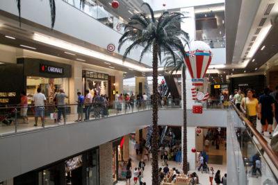 Conoce los horarios de malls y supermercados para estas Fiestas Patrias