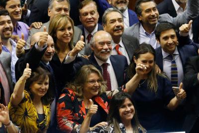 Iván Flores es el nuevo presidente de la Cámara de Diputados tras vencer a Jaime Bellolio en segunda votación
