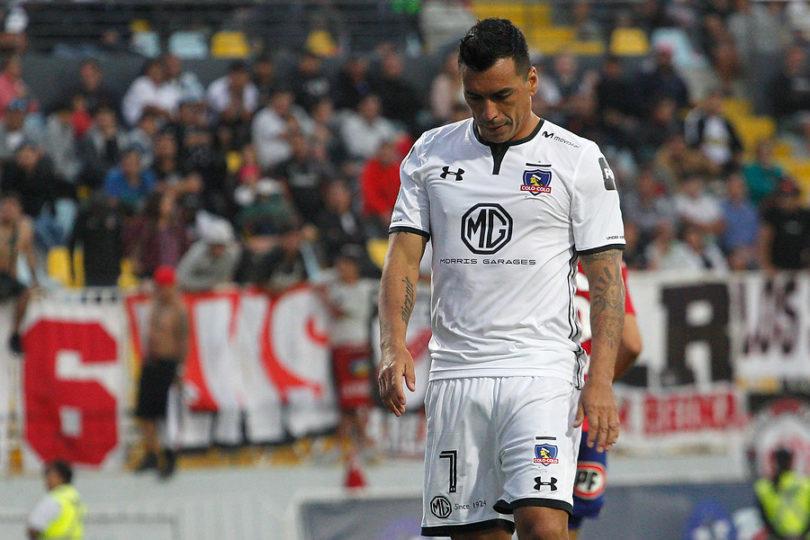 Esteban Paredes no viajará a El Salvador y Mario Salas lo guardaría para duelo ante la UC