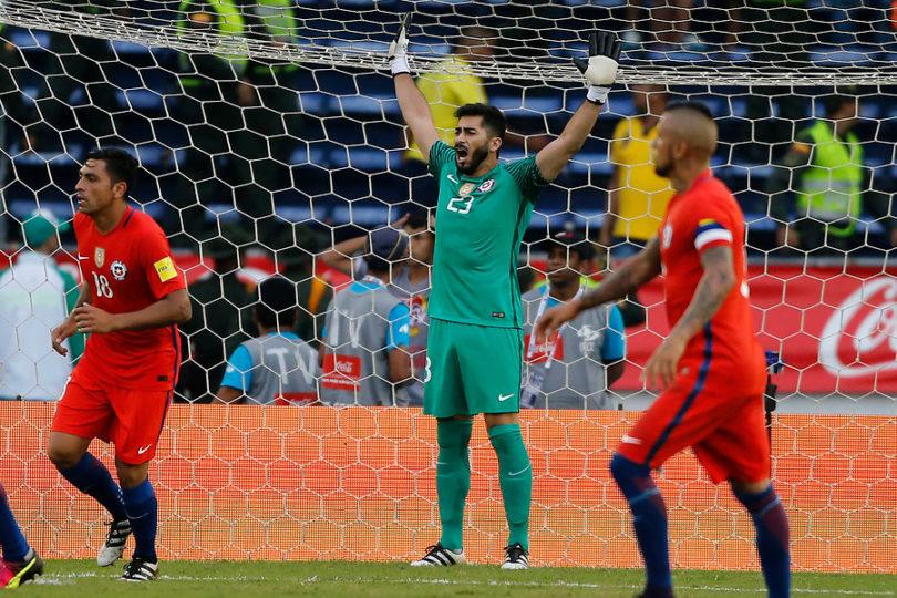 """Johnny Herrera: """"El mejor jugador de la historia de Chile es Alexis Sánchez o Arturo Vidal"""""""