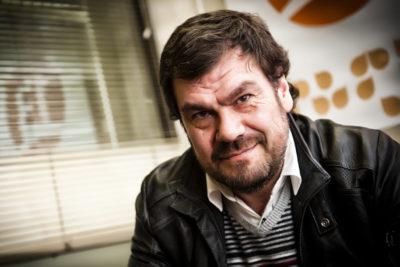 Sobreseen en cuatro de cinco causas por abuso sexual al director Herval Abreu