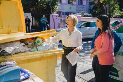 Providencia instalará contenedores de reciclaje en todos los edificios de la comuna