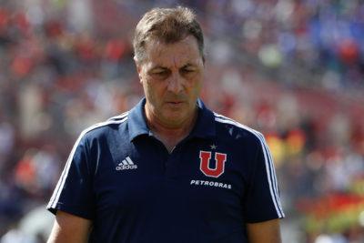"""La """"U"""" se cae a pedazos: Frank Kudelka presentó su renuncia a la banca azul"""