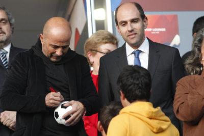 Esposa de Sergio Jadue reveló que el dirigente le dobló la mano a Sampaoli por el castigo a Vidal