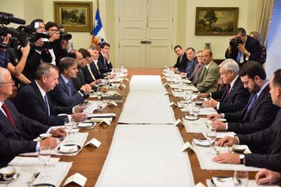 Piñera defendió modernización tributaria con gremios regionales de la Sofofa